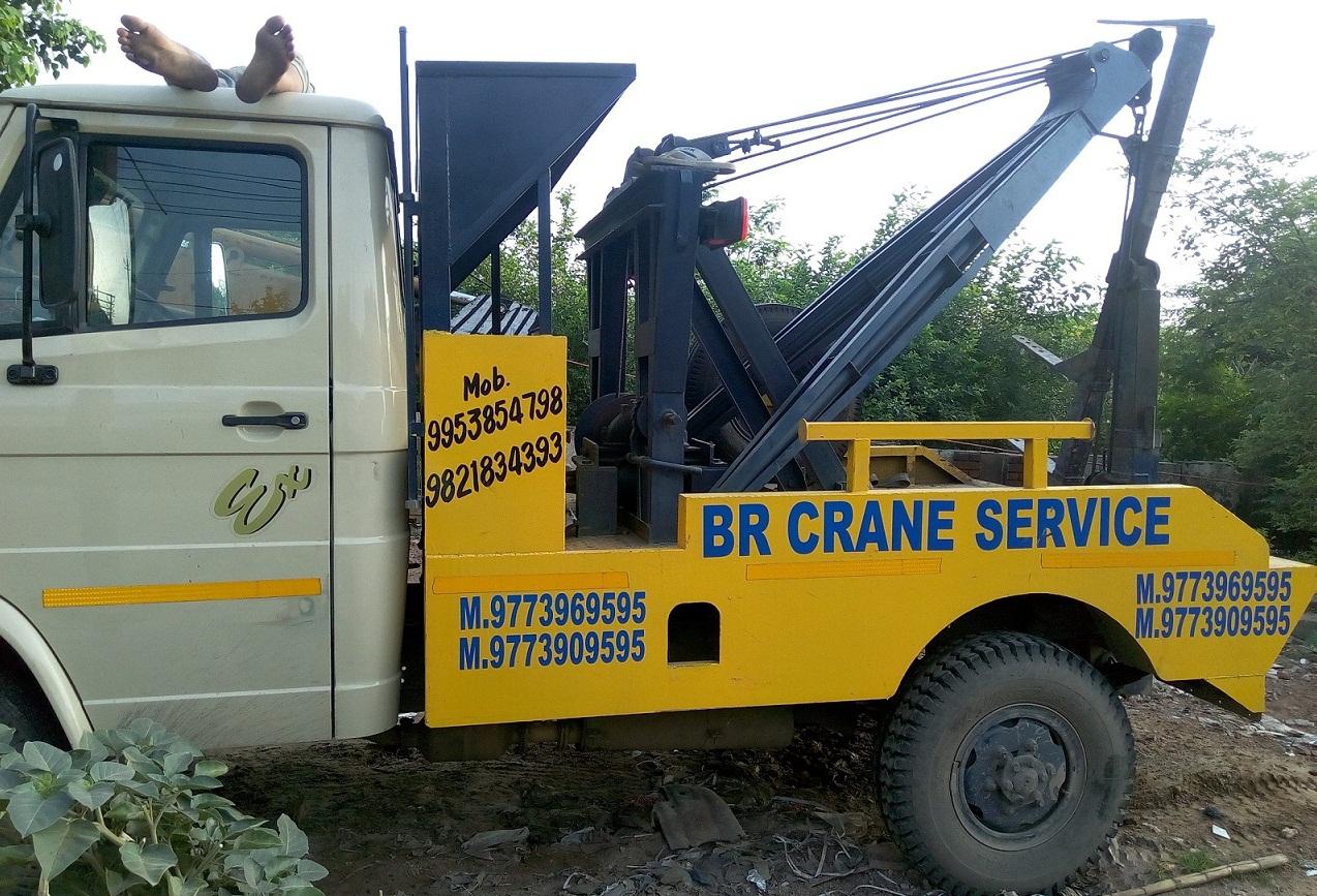 Service Provider of Crane Service Provider Gurugram Haryana