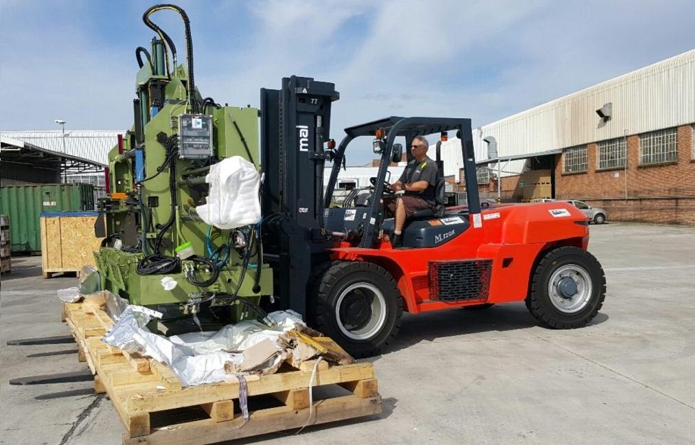 Service Provider of Forklift Cranes On Hire Gurugram Haryana